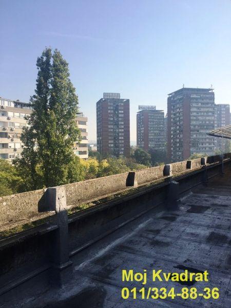 Prodaja Stan 58m 95 000 Beograd Novi Beograd Blok 21 Bulevar