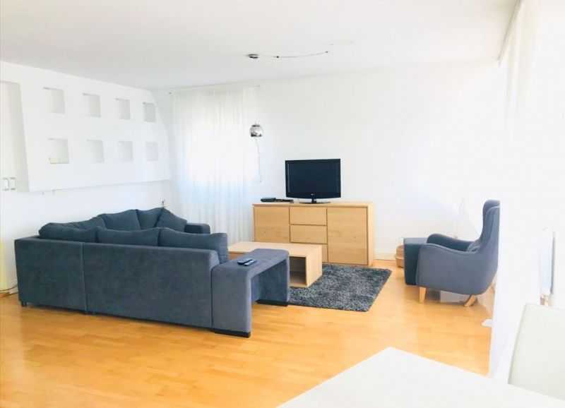 izdavanje stan 104m 650 beograd ukarica golf naselje. Black Bedroom Furniture Sets. Home Design Ideas